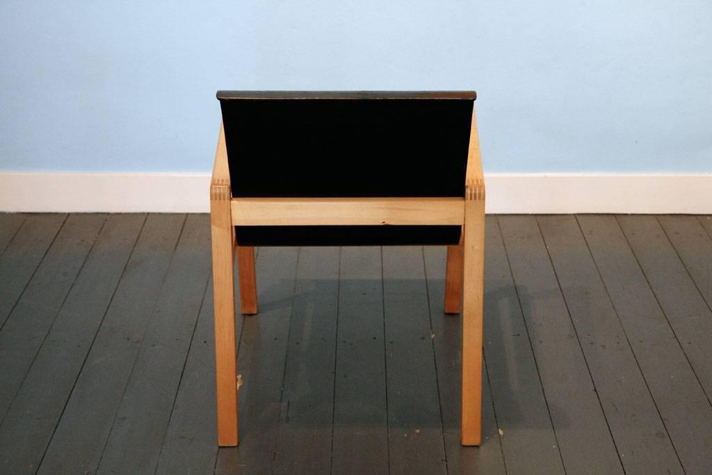 Hallway Chair van Alvar Aalto