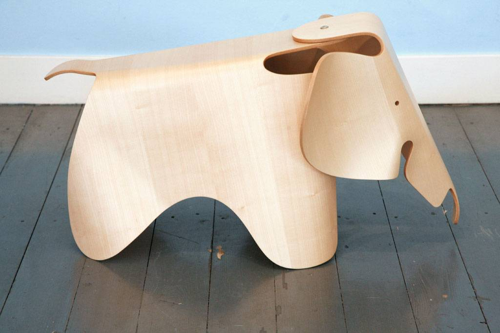 Olifant door Charles en Ray Eames