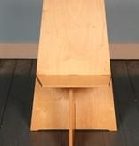 """""""Eenvoudig te monteren"""" stoel door Karel Links"""