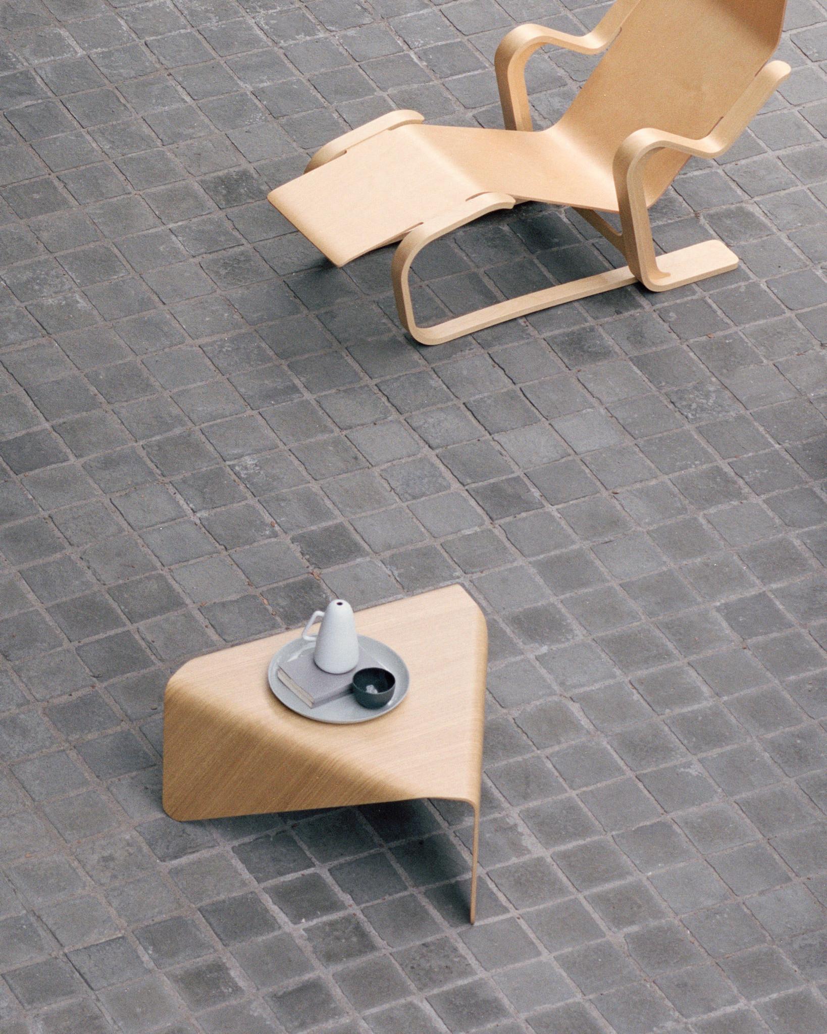 T46 SALONTAFEL ontworpen door Hein Stolle