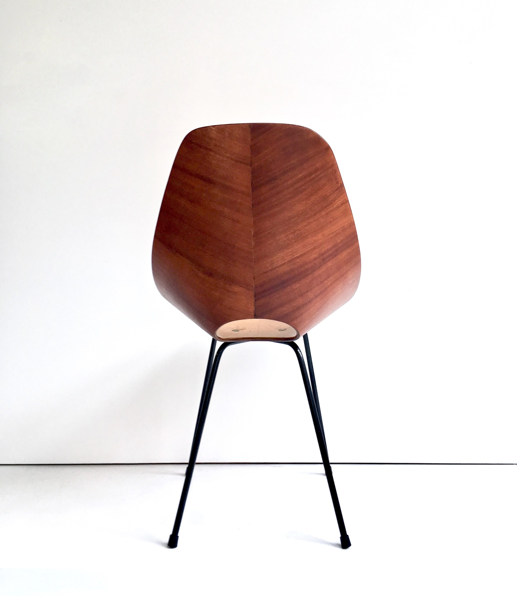 Medea side chair by Vittorio Nobili