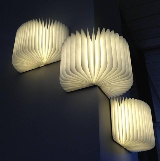 LUMIO BOEK LAMP   WALNOOT