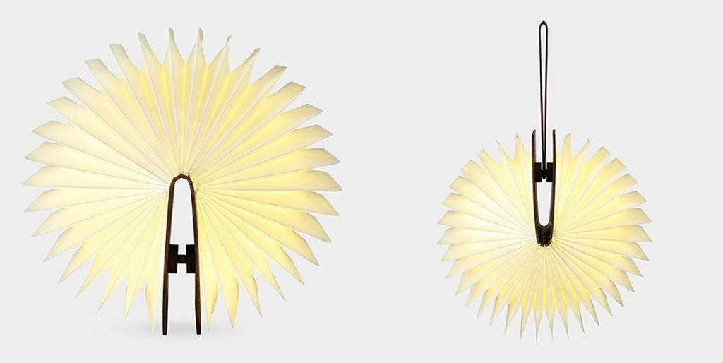 LUMIO BOEK LAMP | WALNOOT