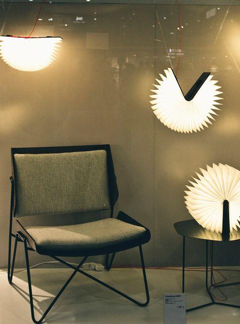 LUMIO BOOK LAMP | WALNUT