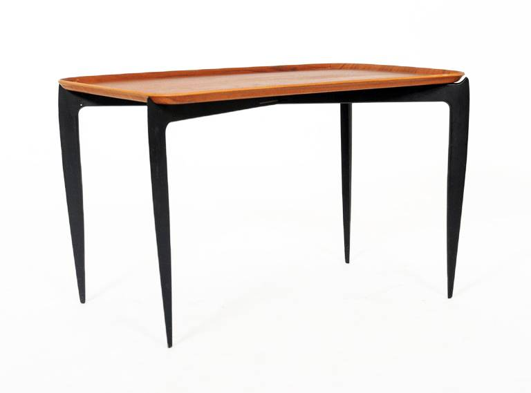 Fritz Hansen, bijzet tafel