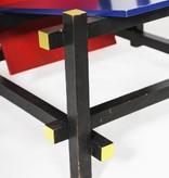 Rood / blauwe stoel van Gerrit Thomas Rietveld