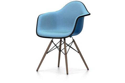 EAMES - Plastic Armchair DAW