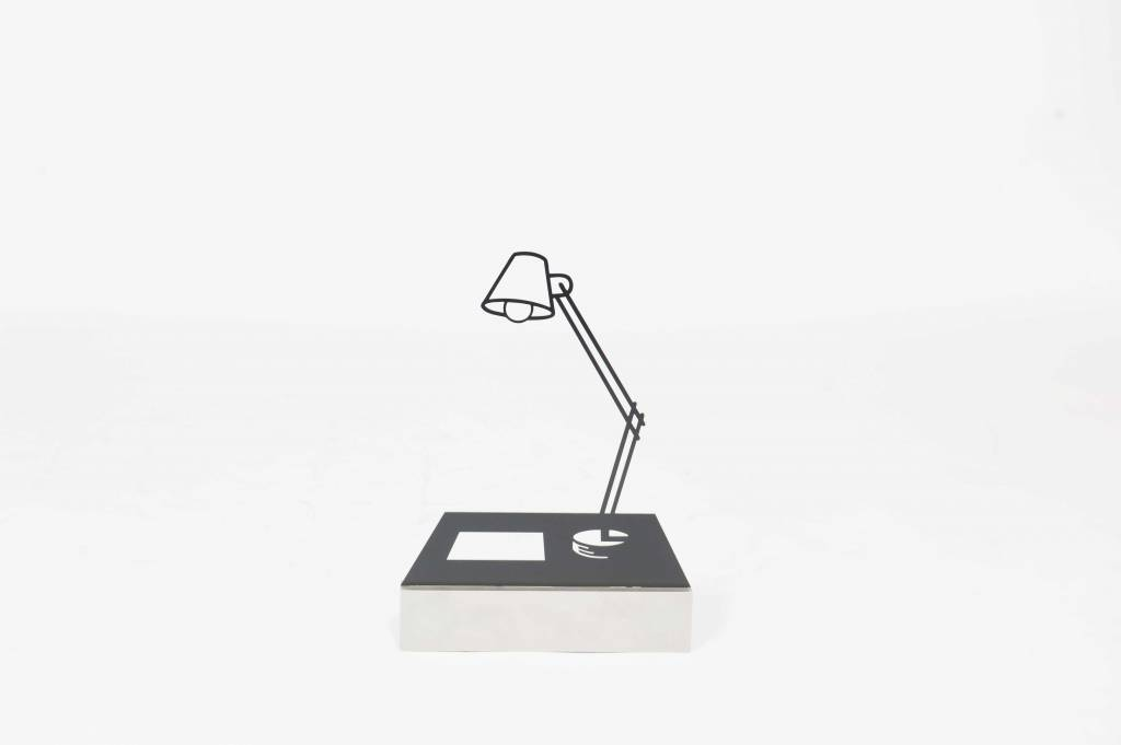 JEROEN HENNEMAN-  LAMP EN PAPIER
