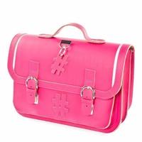 Wij hebben een groot assortiment schooltassen voor u samengesteld bij lederwarensahanshop.be
