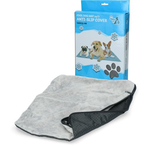 Coolpets CoolPets Dog Mat 24/7 Anti-Slip Cover (120x75cm) XL