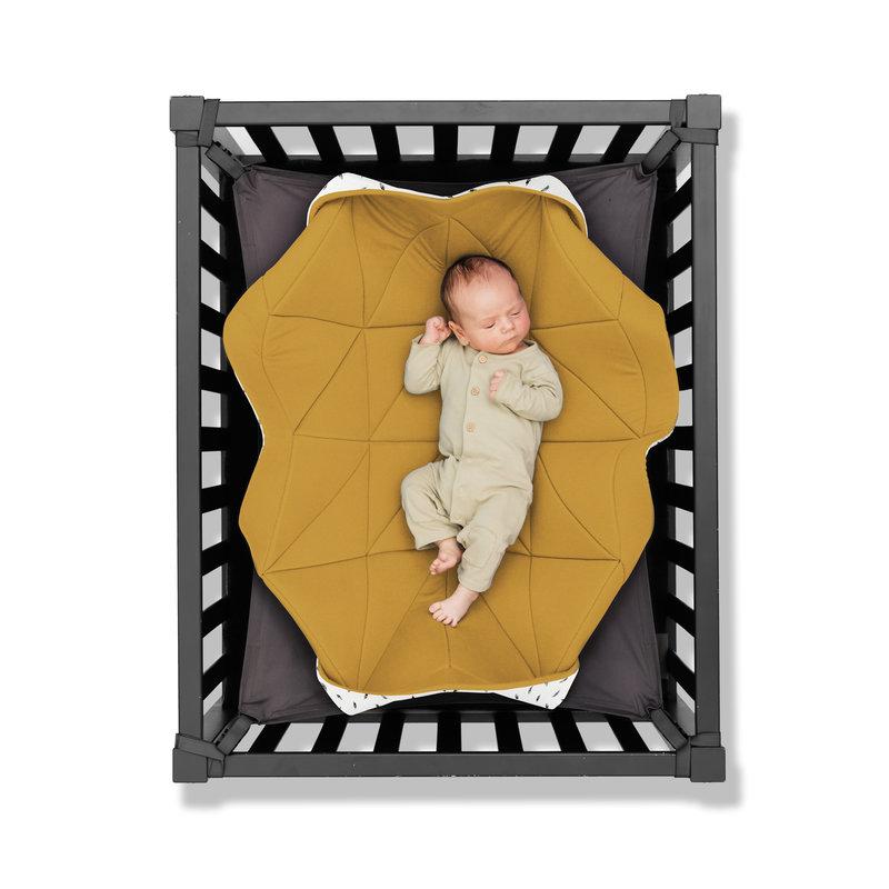 Hangloose Baby - babyhangmat / boxkleed - Ocher Feather