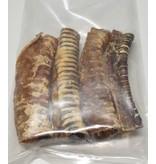 Ozzlesdogfood  4 stuks gedroogde runderluchtpijpen van plm. 15 cm lang