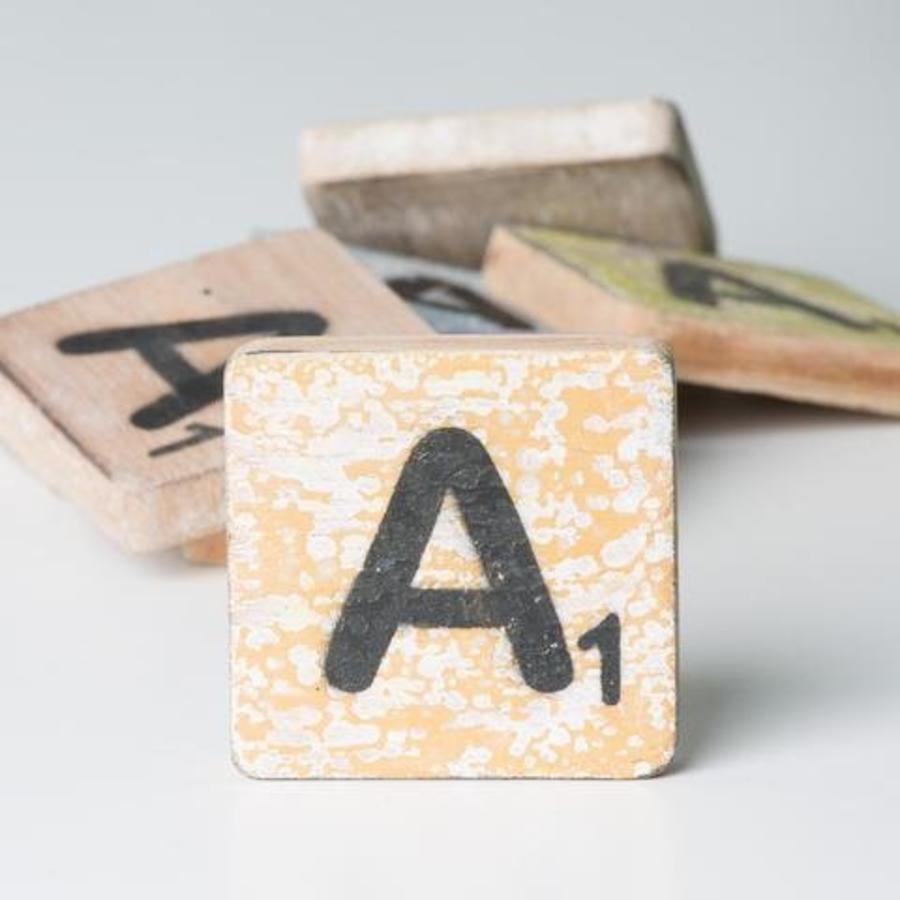 Scrabble letters (A-Z)-7