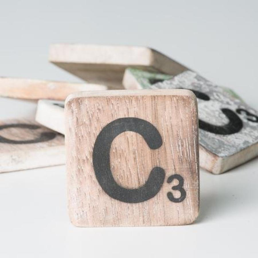Scrabble letters (A-Z)-9