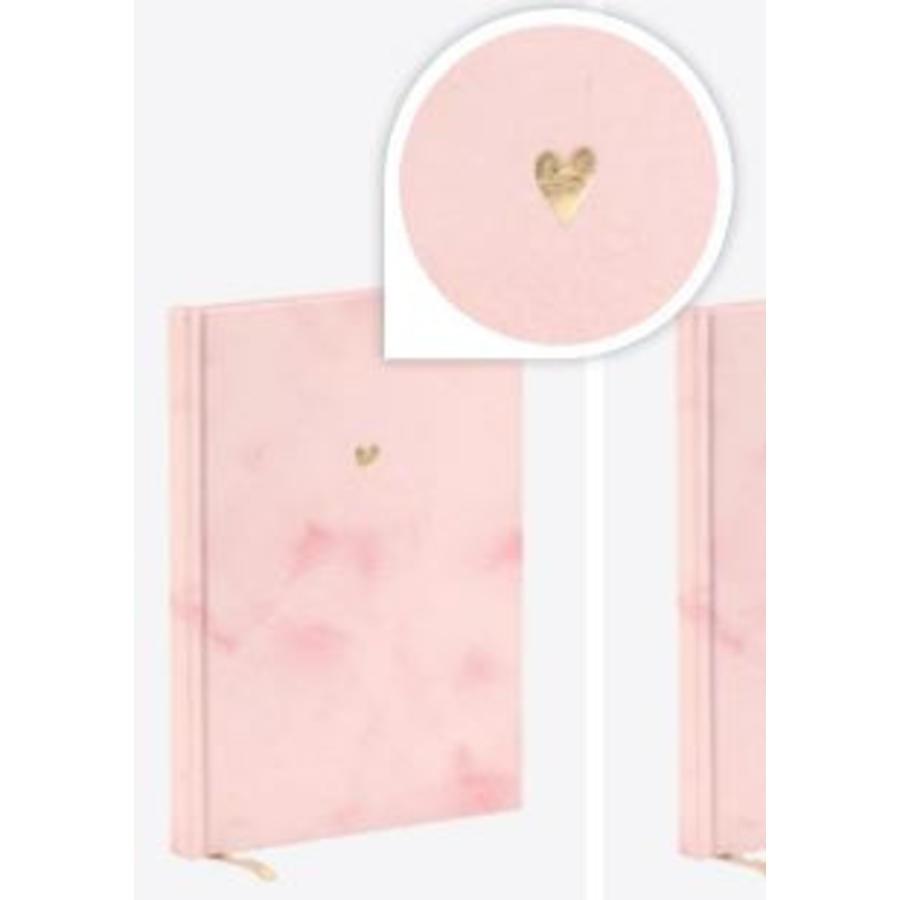 Notitieboek roze hartje-1