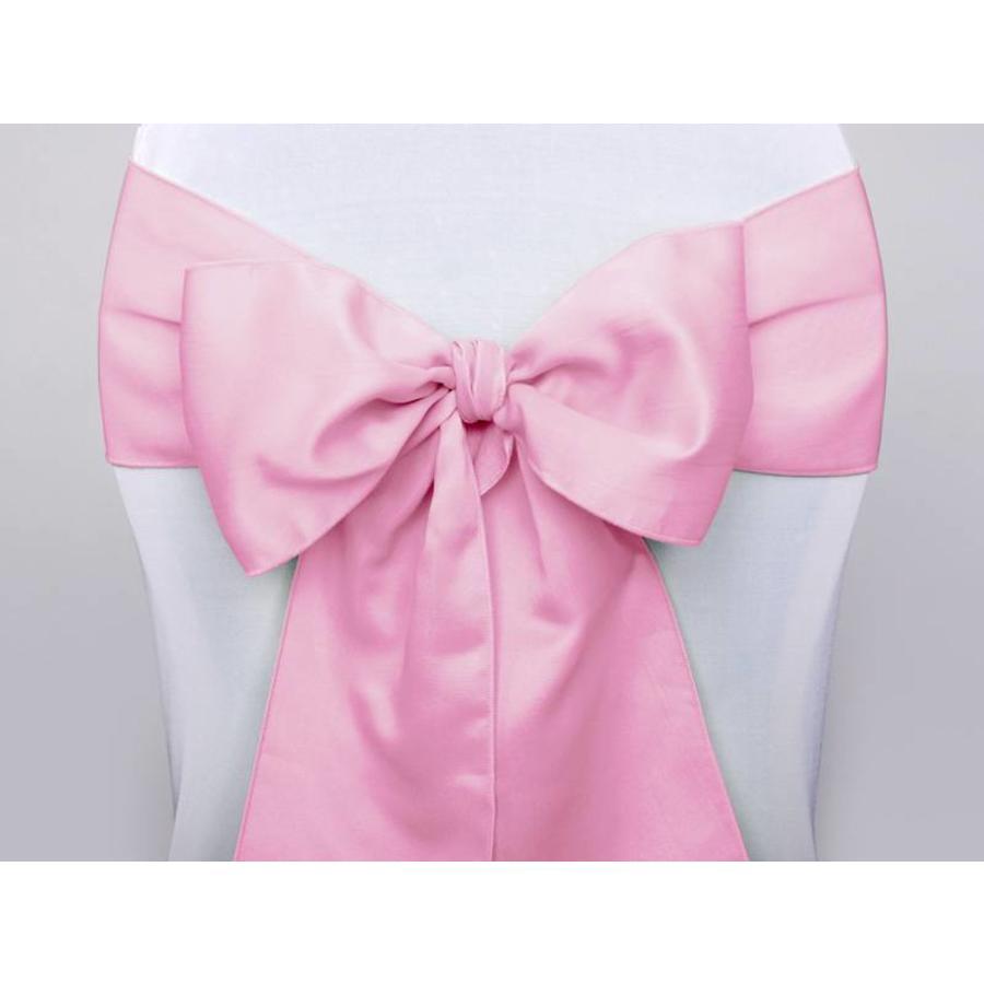 Roze satijnen stoelstrik (verhuur)-1