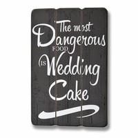 thumb-Bord The most dangerous food is weddingcake-1