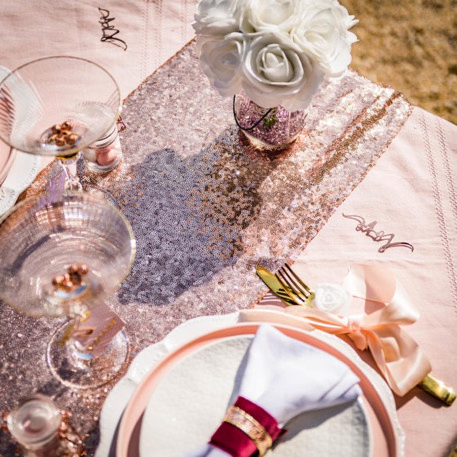 Chemin de table  sequins rose gold 30 x 250 cm-2