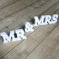 thumb-Mr en Mrs houten letters-3