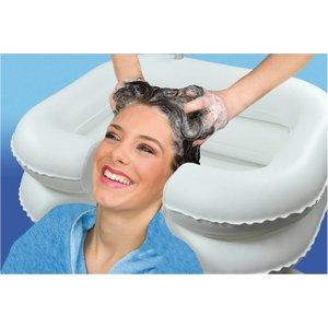 Opblaasbare haarwasbak voor in bed