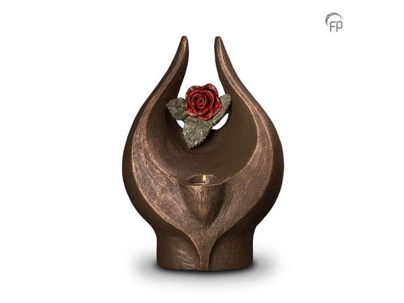 Geborgen roos met kaarsje - keramiek