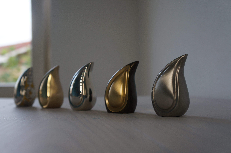 Teardrop urn mini goud - messing
