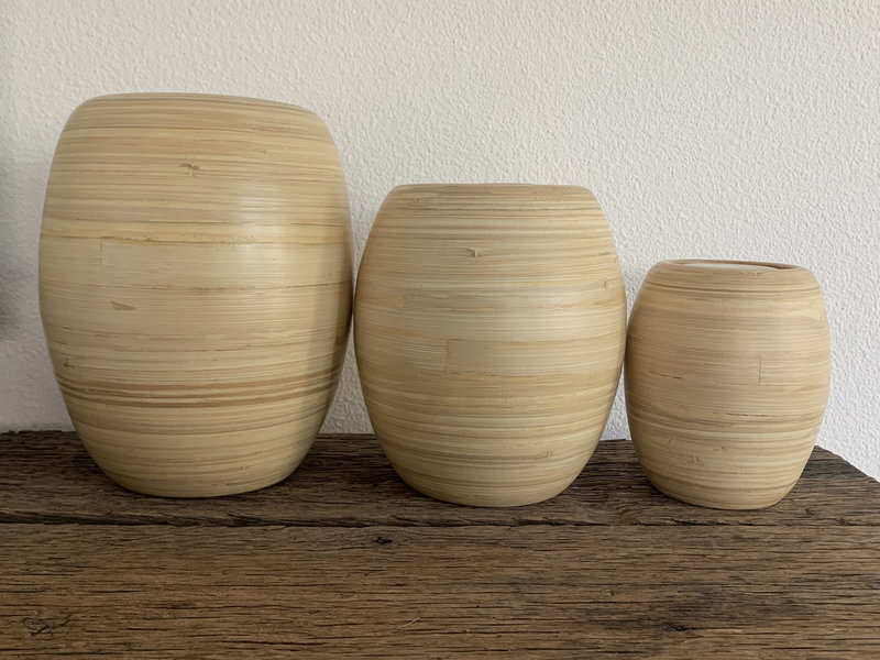 Agora bamboe urn - hout