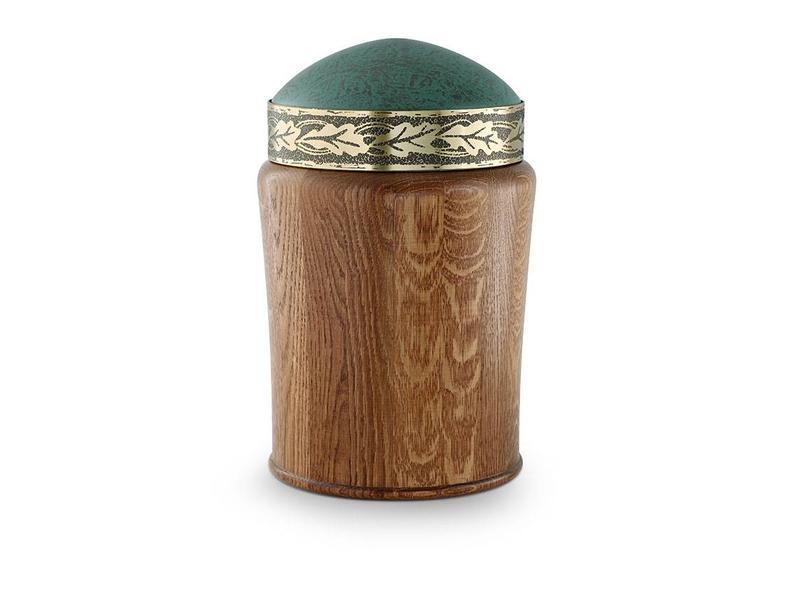 Rustiek met eikenbladreliëf urn - hout