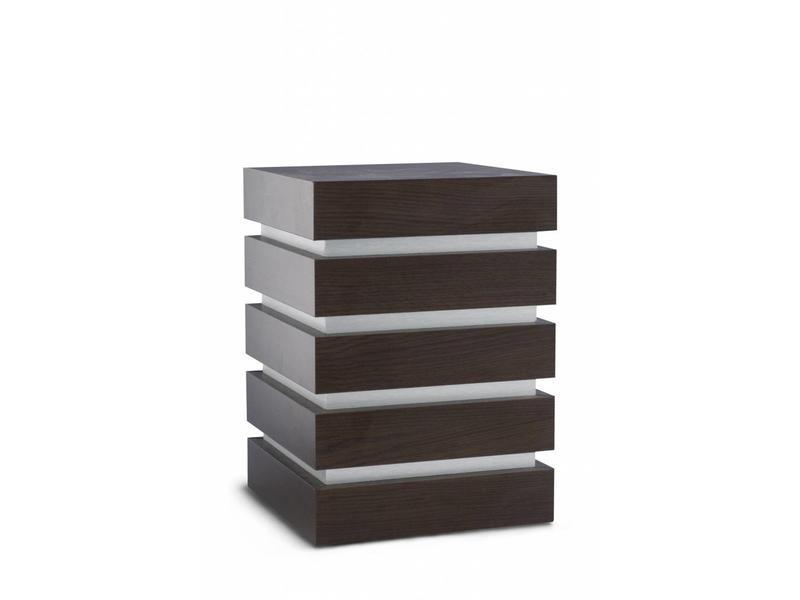 Decoratieve kubus urn zwart - hout