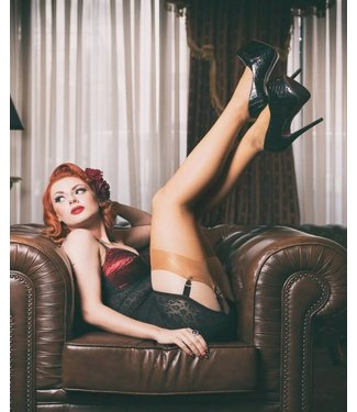 PRETTY POLLY Nylons stockings 10 nylonkousen huid