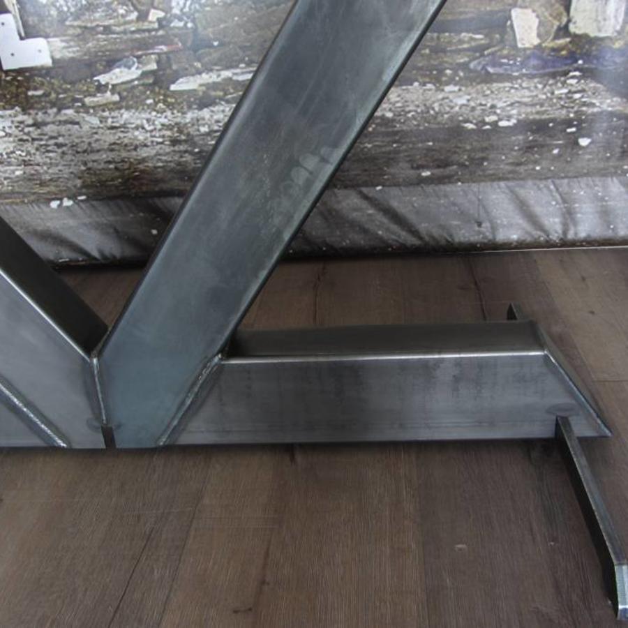 Tafelonderstel V poot onbehandeld staal - PROTOTYPE