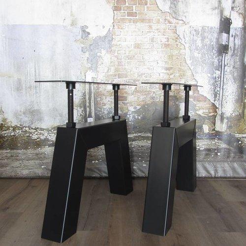 Zwarte tafelpoten