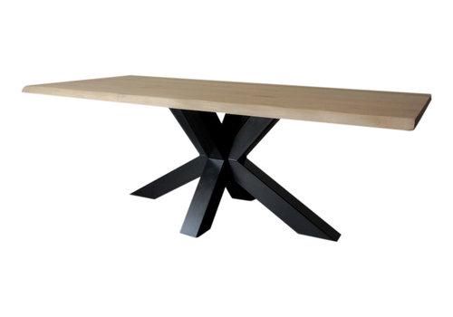 Industriële tafel met matrix tafelpoot /3d kruispoot