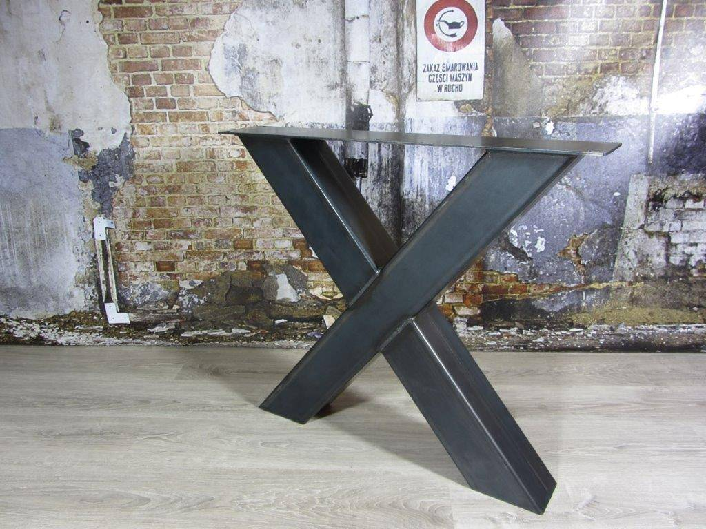 Industriele Tafel Poten : Handgemaakte industriele tafelpoten model kruispoot