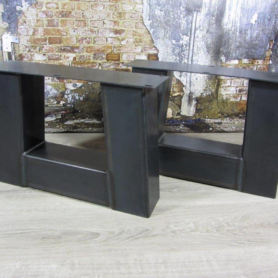 Handgemaakte Industriele Salontafel poten Model Trapezium Zwaar