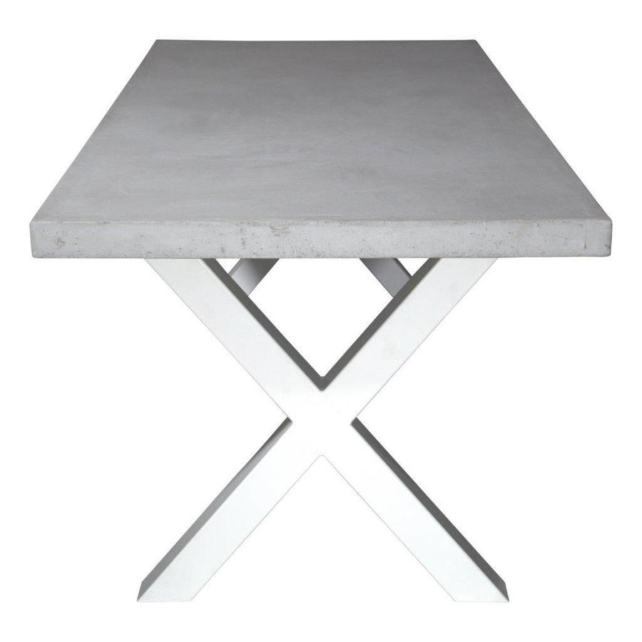 Betonnen tafel met stalen witte kruispoten