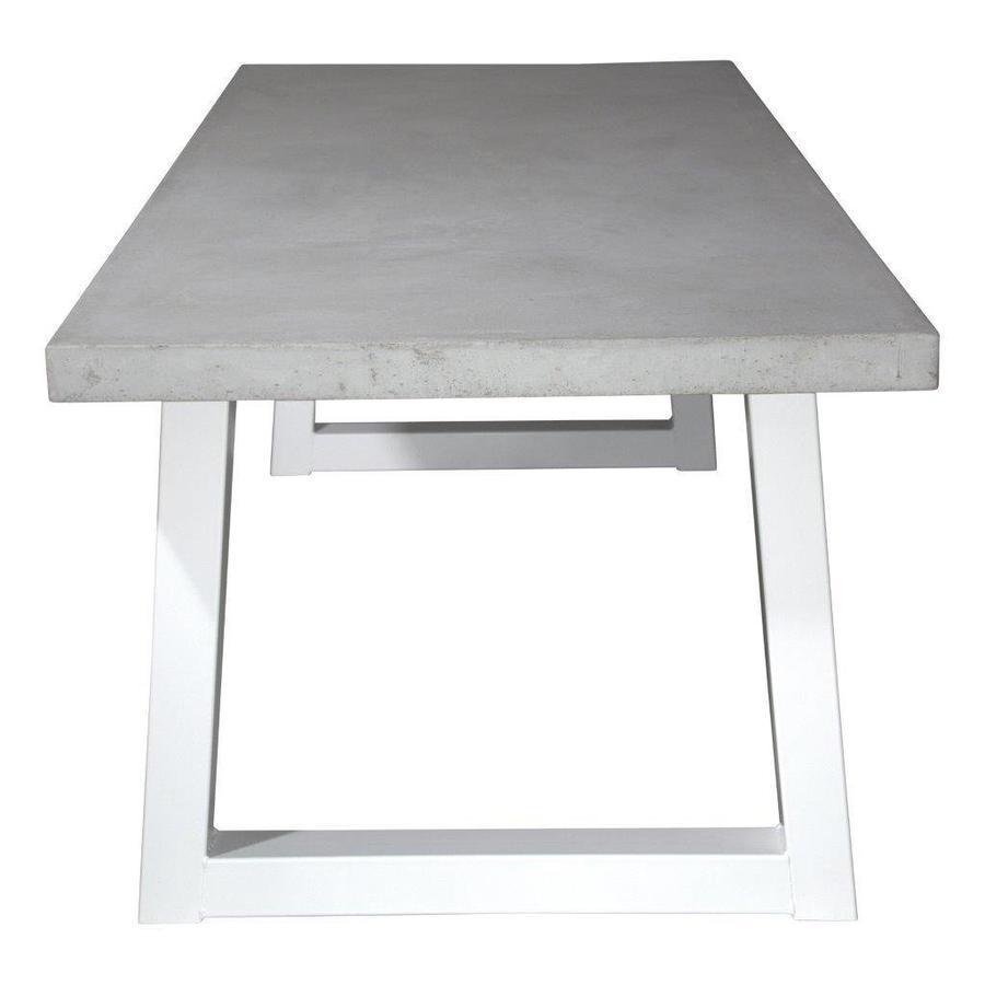 Betonnen tafel met standaard witte trapezium poten