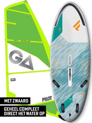 Fanatic Windsurfset Gecko HRS 156 + Pilot Groen