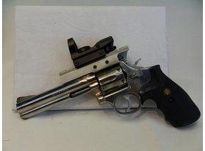 Smith & Wesson Revolver Smith & Wesson Kaliber 357 magnum 38 SP