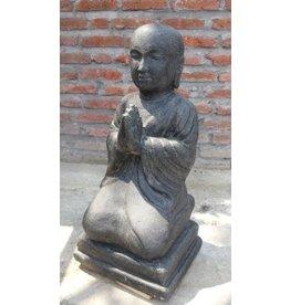 Eliassen Greeting the children's monk