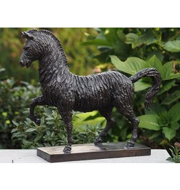 Eliassen Bronze modern horse