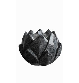 Eliassen Water feature Black Rose in 2 sizes