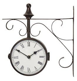 Station clock Warminster