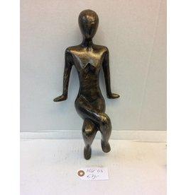 Eliassen Bronzefigur sitzendes Mädchen