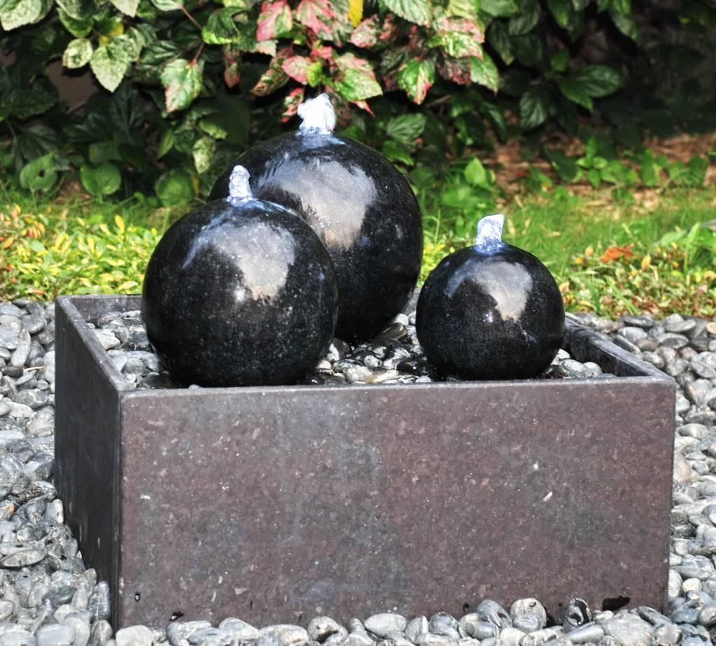 Eliassen Terrasfontein Polish Balls