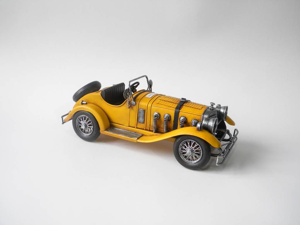Eliassen Miniatur-Modell-Look Sportwagen gelb