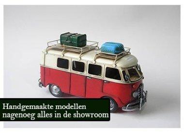 Miniatur-Fahrzeuge aus Metall