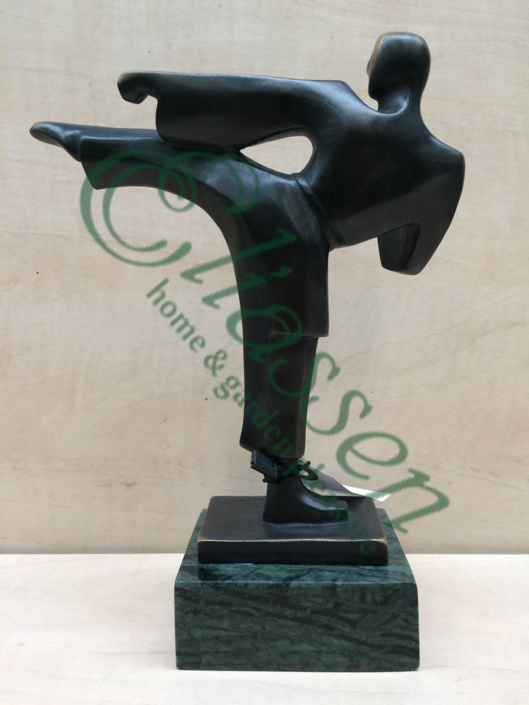 Bronze-Skulptur Karate Mann