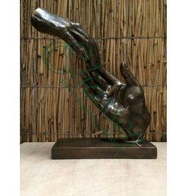 Bronzehände