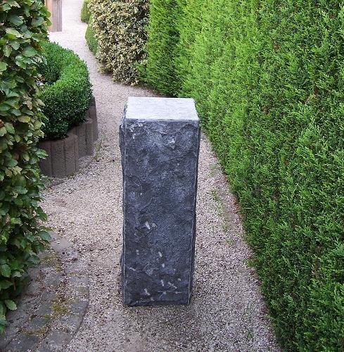 Eliassen Sokkel hardsteen gekapt 30x30x85cm hoog